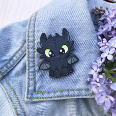 "Badge ""Toothless"""