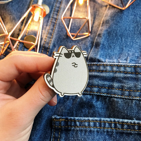 "Badge ""Cat with glasses"""