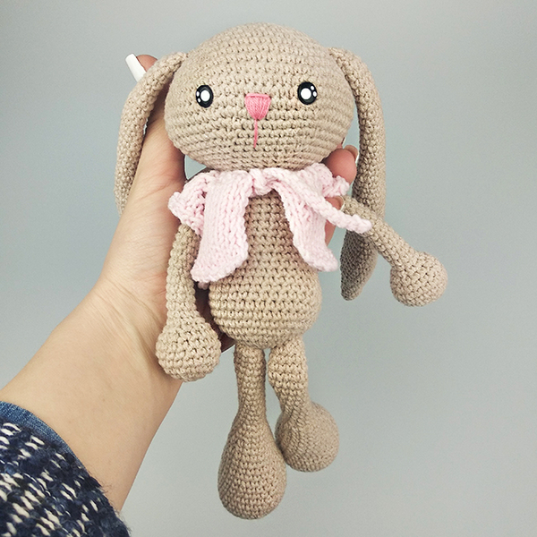 Yarn toy «Bunny in pink""