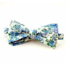 """Bow tie """"White in blue flowers"""""""