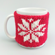 """Mug in a sweater """"Snowflake"""", red"""